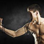 Comment améliorer sa confiance en soi malgré les stéréotypes masculins