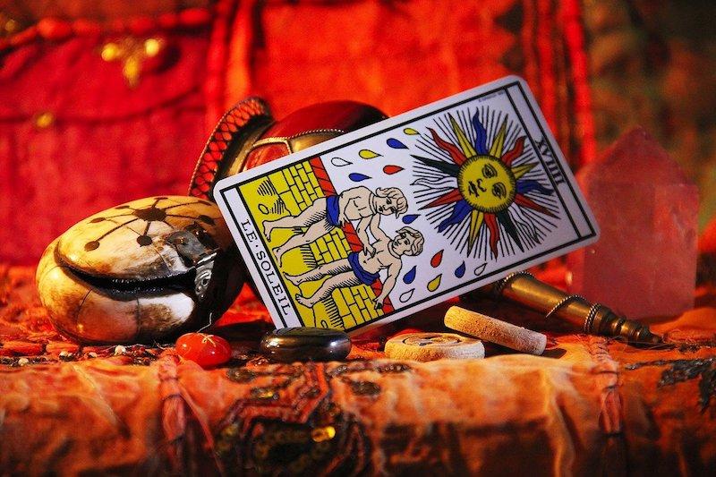 Le Tarot De Marseille Gratuit: Comment Tirer Les Cartes Au Tarot