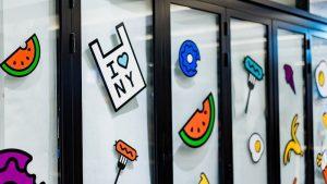Idée StartUp : Concevoir Et Vendre En Ligne Ses Stickers ou Autocollants